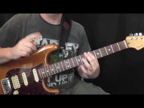 Quick Riff #44 - Candy - Cameo