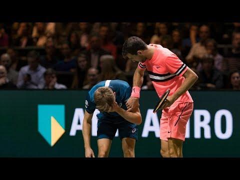Goffin krijgt bal op oog; Dmitrov toont zijn klasse