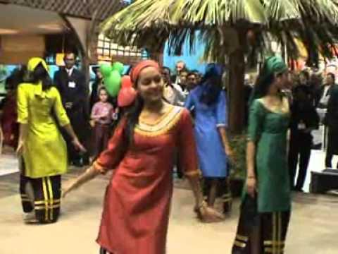 """Maldivian Night 2006 - Maldives dance """"Hay Yambo Hey Mambo"""""""