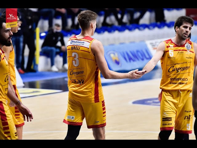 [Highlights] Vanoli Basket Cremona - Carpegna Prosciutto Basket Pesaro: 100-78