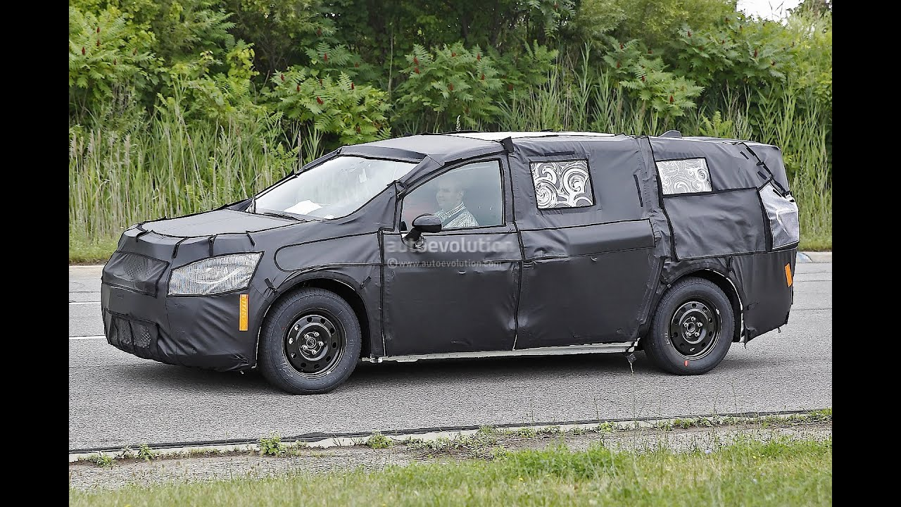 2017 Chrysler Town And Country >> 2017 Chrysler Town Country Spyshots