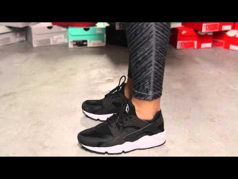 """Ladies Nike Air Huarache Run """"Black/ White"""" On-feet Video At Exclucity"""