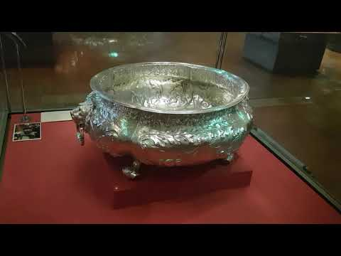 The Silver galleries, @ The Victoria and Albert Museum Lo…