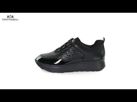 7daac7332a6 Γυναικεία Παπούτσια Casual Geox D845TC Black Leather - YouTube