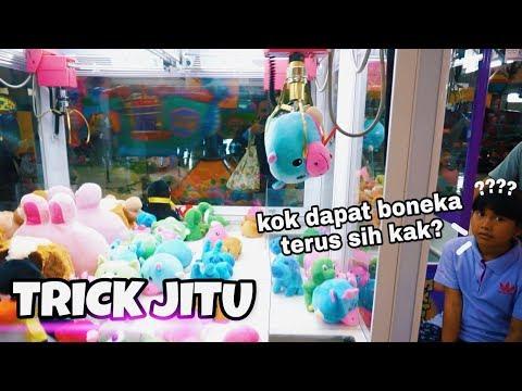 Trick Borong Boneka di Mesin Capit | 100% Berhasil!