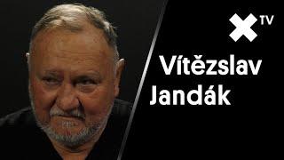 """""""ČSSD je v podstatě po smrti. Demonstrace jsou zbytečné, nemůže se nic stát."""" říká Vítězslav Jandák"""
