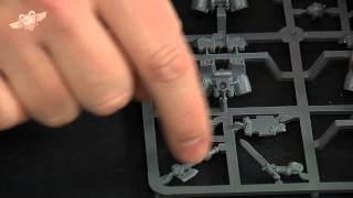 Space Marines Assault Squad (Warhammer 40K Unboxing)
