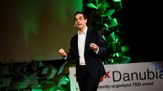 How to listen at TED? | Daniel Schwartz | TEDxDanubia