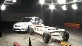 Vehicule  Crash Test 2008 Toyota Corolla Side Impact) C-NCAP-Extreme