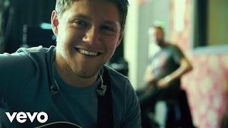 Niall Horan - Slow Hands  Lyric Video
