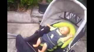Как узнать, ребенку холодно или жарко