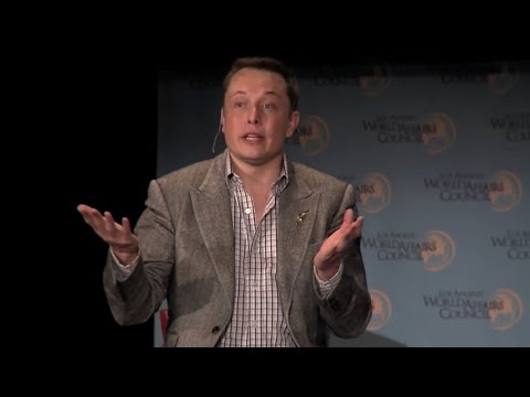 Elon Musk thinks it  sucks  to run a public company 2013