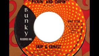 Play Pickin And Chipin