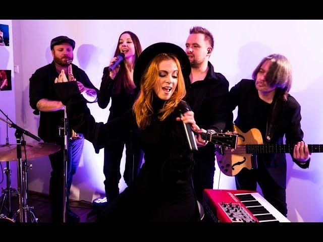 Nina Pušlar - Lepa si (LIVE acoustic)