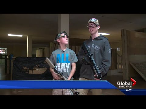 Edmonton police warn teens not to play with fake guns in public
