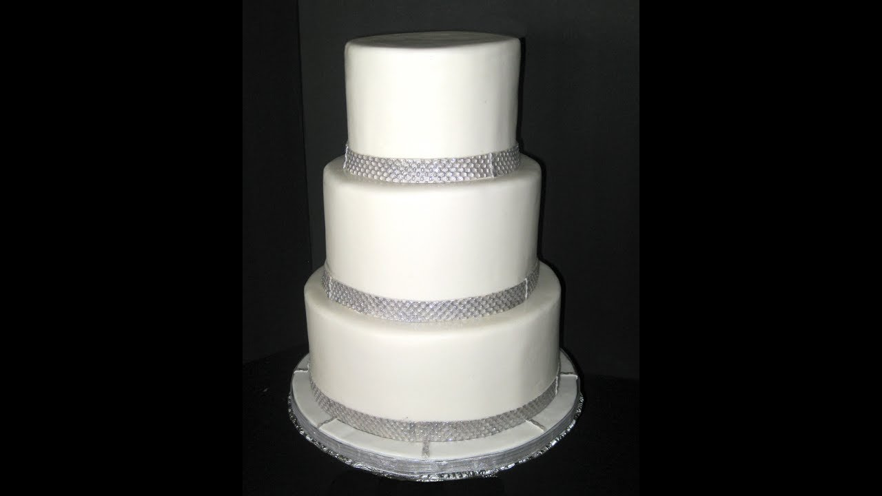 how to make a 5 layer wedding cake how to cover a cake with fondant two methods 15789