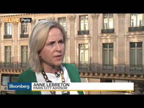 Paris City Advisor Says French Will Give Macron a Chance