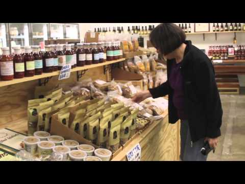 Indoor Farmers Markets and Community Food Systems
