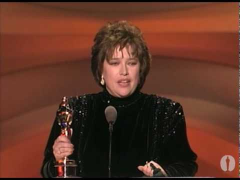 Kathy Bates Wins Best Actress: 1991 Oscars