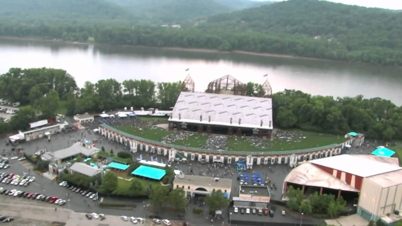 Riverbend Music Center Lawn View Www Imgkid Com The