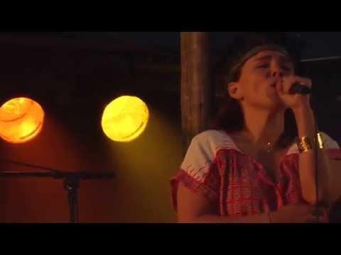 Emilíana Torrini - Sunny Road (Drangeyjarhátíð)