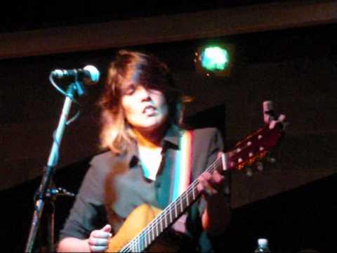 2011 09 24   Tanita Tikaram @ Salumeria della Musica Milano   Good Tradition