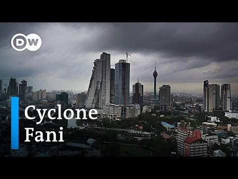 A million people evacuated from South Asia cyclone Fani | Dw News