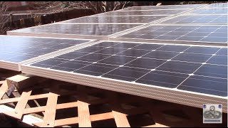 1kw Renogy Solar Panels Mounted On Backyard Pergola