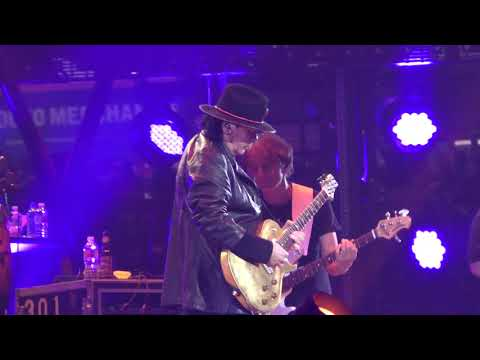 Santana (Live) - Houston Rodeo - 13 March 2019 - (1 of 2) Mp3