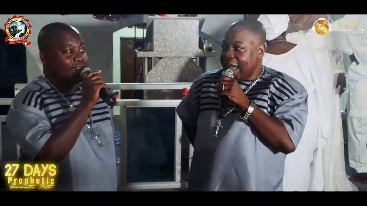 Download ADEGBODU TWINS MINISTERING LIVE AT HAVILAH MOUNTAIN WITH DADDY AND MUMMY OLUBORI
