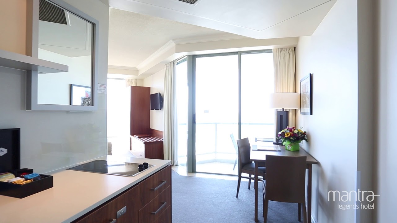 Mantra Legends Hotel Surfers Paradise 2 Bedroom Interconnecting