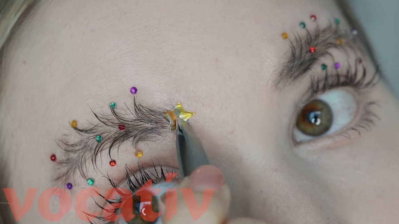 Christmas Tree Eyebrows.Christmas Tree Eyebrows The Bizarre New Make Up Trend Going Viral