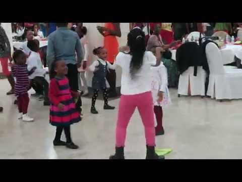 BEST DANCER EVER !!!! NIGERIAN DANCER IN MADRID, SPAIN