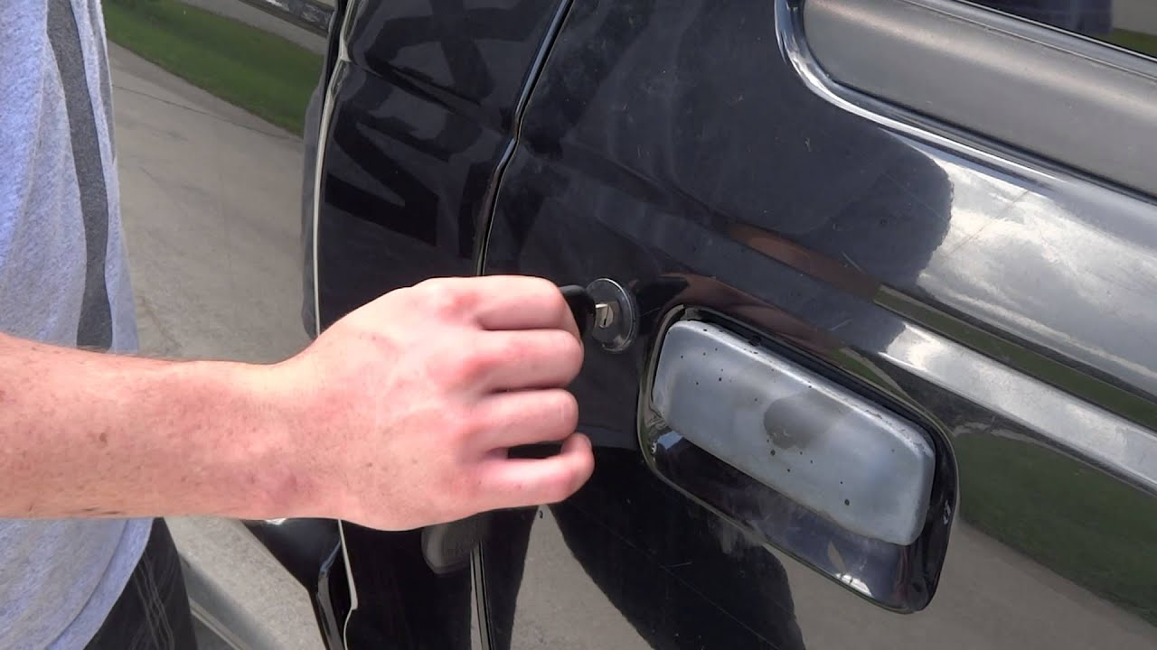 Car door handle broken cant open door
