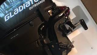 Мотор Гладіатор 9.8 л. с. Розпакування