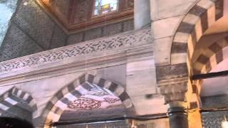 Достопримечательности: Мечеть Султанахмет в Стамбуле [Юлия Макаренко- Черибаш](Голуба́я мече́ть или Мече́ть Султанахме́т — самая крупная мечеть Стамбула. Насчитывает шесть минаретов:..., 2014-08-13T17:22:16.000Z)
