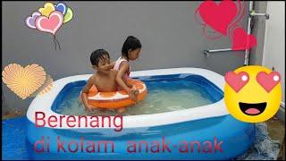 Berenang di kolam anak-anak!!!
