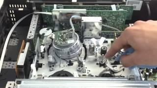 Einen Videorecorder von Hand reinigen