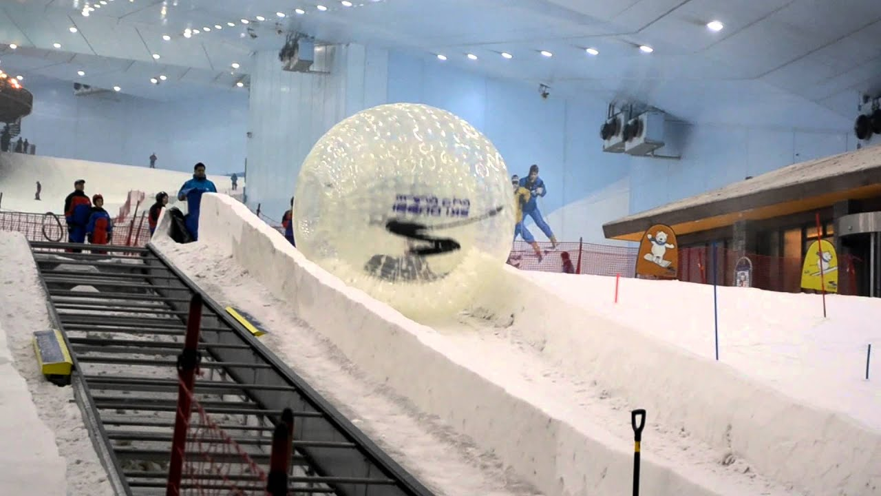 Zorbing at Ski Dubai! Mega Cool! Chillout Spots in Dubai