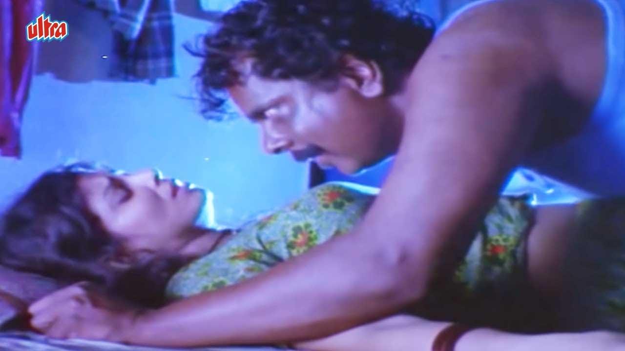 Download Sadashiv Amrapurkar Forced Varsha Usgaonkar | Painjan Movie Best Scene | पैंजण
