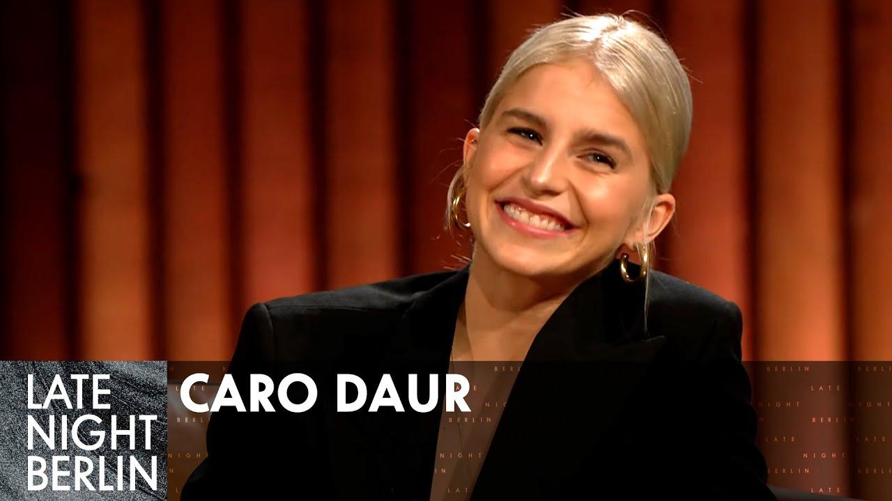 Caro Daur über ihr Fitness Workout | Talk | Late Night Berlin | ProSieben