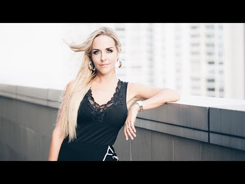 VLOG 18 - HOW I RAN HALF A MARATHON? - Santa Catalina Panama - Brianna Meighan vlog