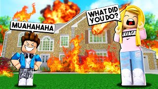 MY EVIL CHILD BURNED DOWN MY HOUSE! (Roblox)