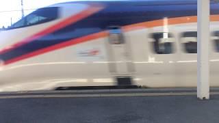 【鉄道動画】置賜駅にて E3系「つばさ」通過シーン