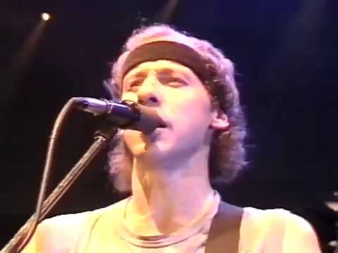 [50 fps] Walk of life - Dire Straits - 1985 - Wembley, London LIVE pro-shot