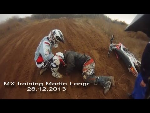 MX training Martin Langer + Frankie Kotásek HONDA CRF450R CRASH