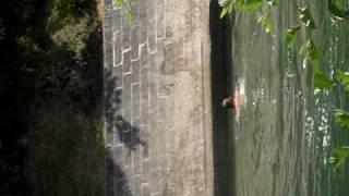 Moi qui saute du pont à Jarnac :P