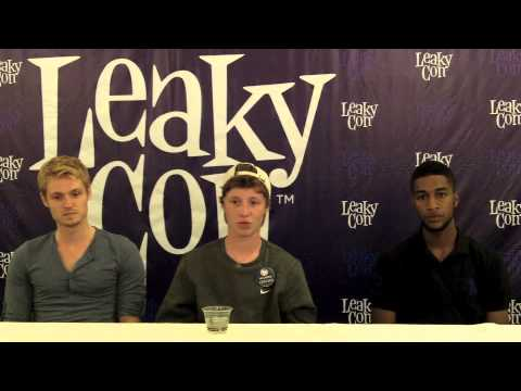 Leaky Con 2012:  with HP Actors