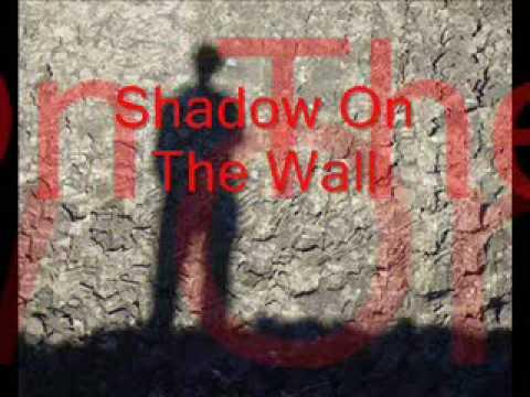 Mike Oldfield / shadow an the wall lyrics