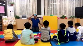 Teaching demo with Chinese kids